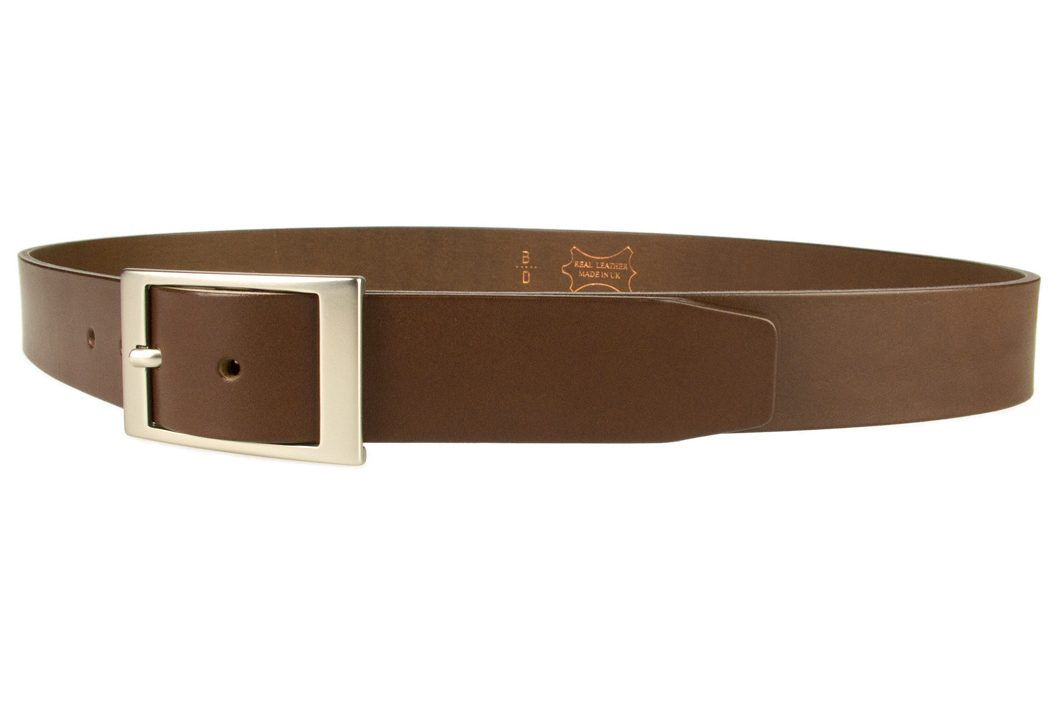 Mens Quality Leather Belt Made In UK - Brown - 1 3/8 inch Wide | Hand Brushed Nickel Plated Center Bar Buckle - Left Facing Image