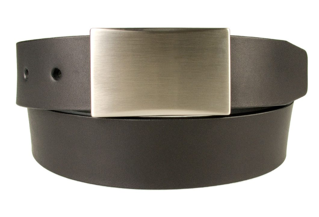 Mens leather belt with plaque buckle - Black