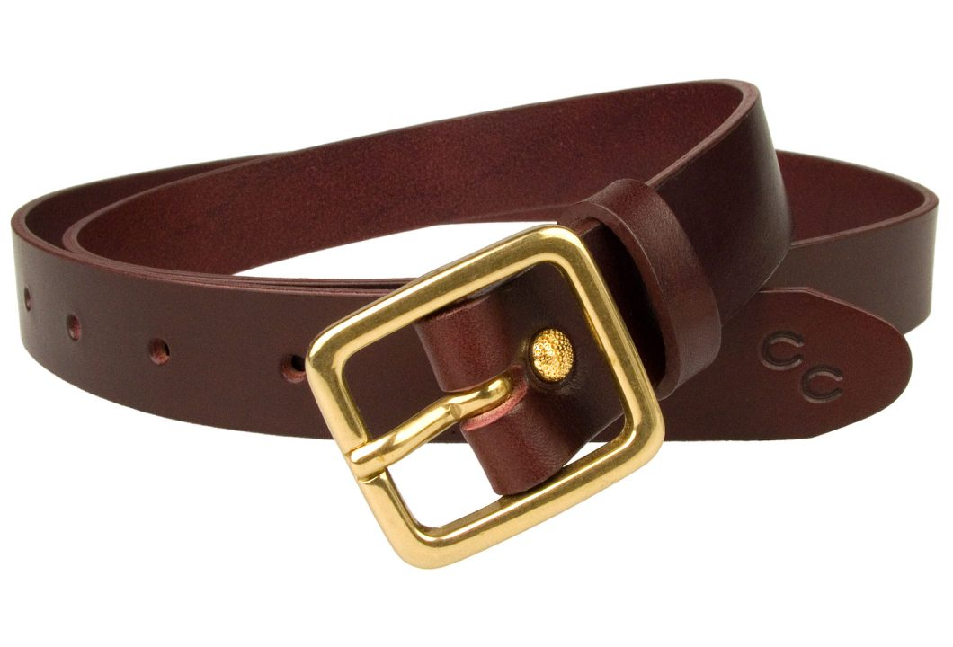 Narrow Leather Belt Mulberry Color Leather, Solid Brass Buckle. Free Sliding Loop and Ornate Gold Plated rivet closure. Champion Chase Double Horse Shoe Motif to tip of belt. British Made Leather Belt using High Quality Italian Full Grain Leather. Italian Made Solid Brass Buckle. 1 inch wide Leather Belt (2.5cm) approx. Leather thickness approx 3mm